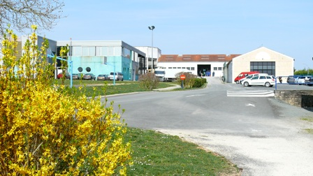 c3_vue-vers-ateliers_p1060342