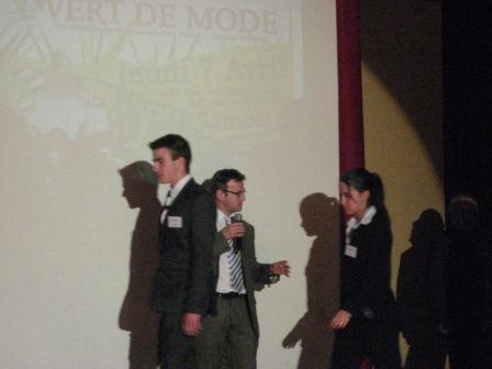 vert-de-mode-2011-037